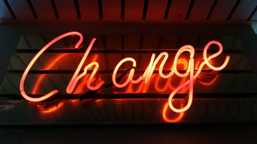 change felirat